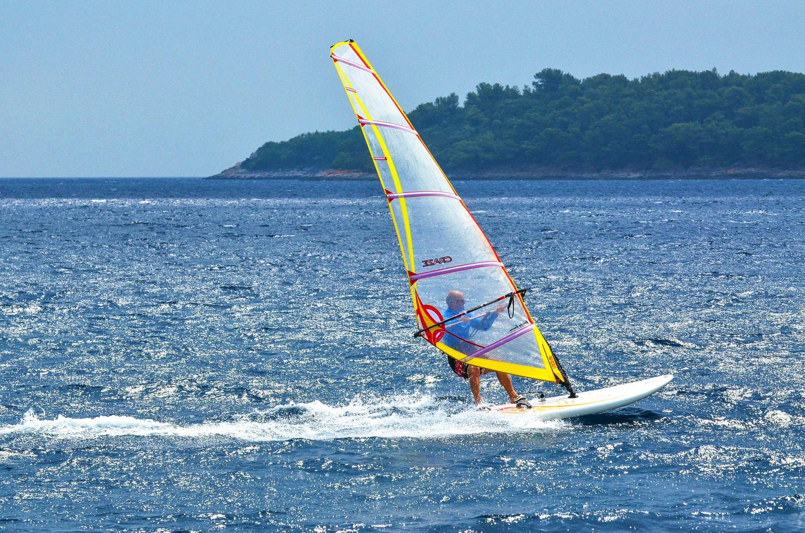 korcula windsurfing lessons extreme 06 - Christmas Windsurfing